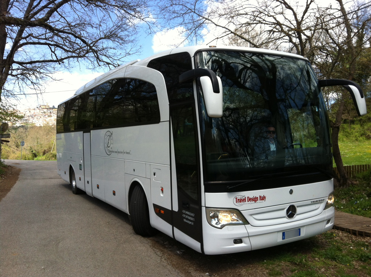 Our services travel design italy for Motor coach driving jobs