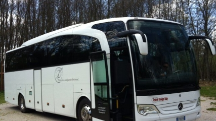 Luxury-MB-Motor-coach_34-53_seats